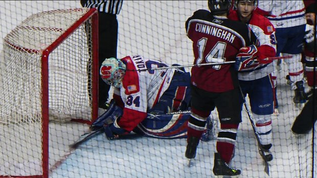 Dustin Tokarski had 41 saves in the Chiefs' win 1-0 win against Vancouver on Wednesday (Photo: SWX)