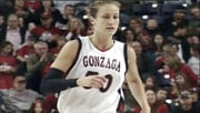 Heather Bowman became the all-time leading scorer in the WCC in Saturday's game against San Diego (Photo: SWX)