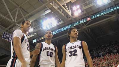 Elias Harris, Robert Sacre and Steven Gray lead the Zags into a new year ranked No. 12 in the preseason (Photo: SWX)