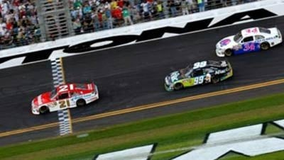 Trevor Bayne (No. 21) became the youngest driver ever to win the Daytona 500 (Photo: Daytona International Speedway )
