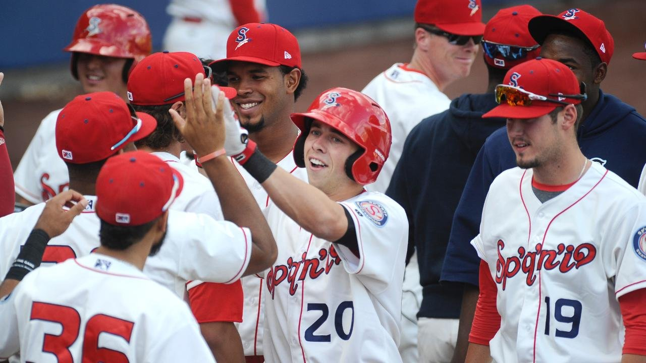 Indians split Father's Day doubleheader with Hawks