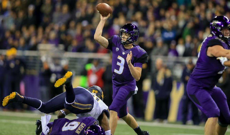 Huskies look to go 4-0 in Pac-12 play. Photo: UW Athletics