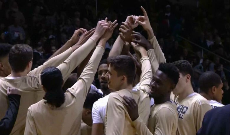 Vandals  topped 90 points in the Battle for the first time since the 1965-66 season,