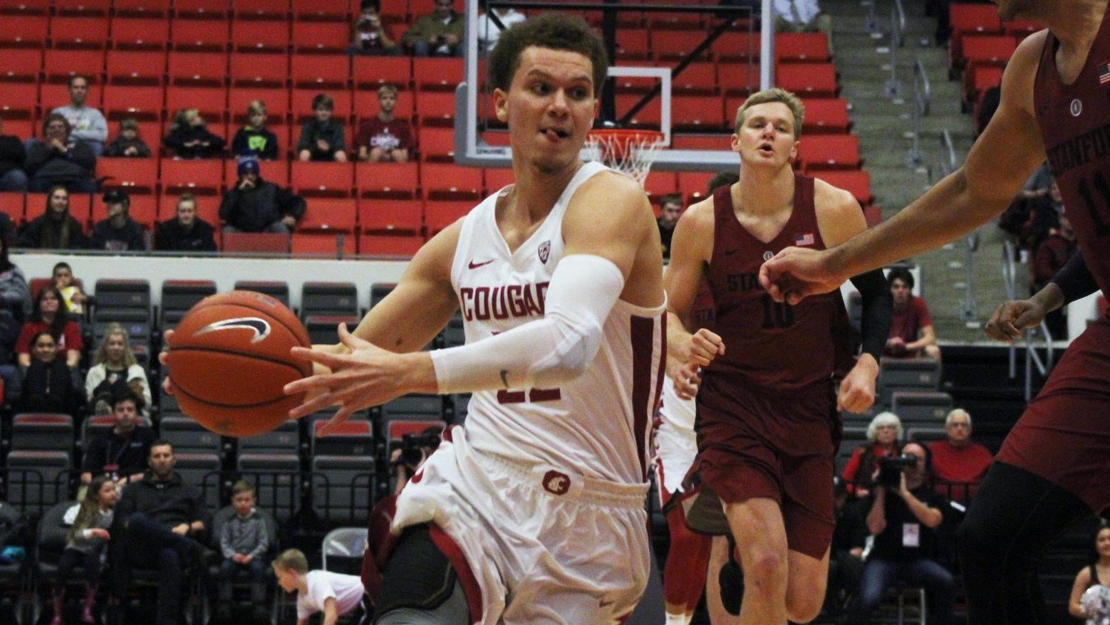 Cougars drop 4th straight conference game against Stanford, 79-7