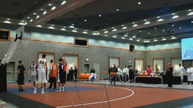 © Teams gathered Thursday night at Northern Quest Resort & Casino to tip off the Fitz Tip Off Tournament  (Photo: SWX)