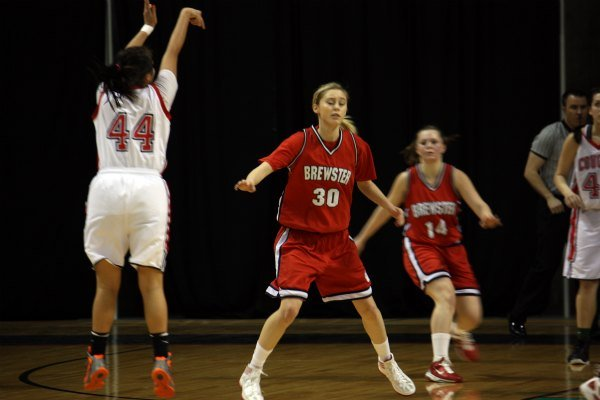 © Brewster beat White Swan in overtime to advance to the 2B title game (Photo: SWX)