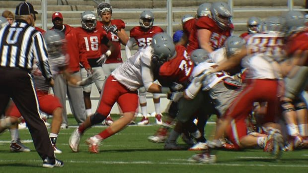 © The defense stuffed the Cougar offense numerous times on Saturday, sacking the quarterbacks 23 times (Photo: SWX)