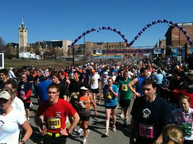  About 56,000 runners and walkers signed up for Bloomsday in 2011. Race organizers say they don't expect that many in 2012 (Photo: SWX)