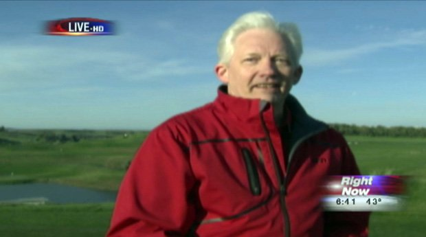 © Pullman mayor Glenn Johnson was the first celebrity guest on KHQ Golf Week (Photo: KHQ)