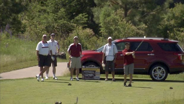 Several celebrities, including former WSU coach Bill Doba attended the golf tournament at Black Rock Resort (Photo: SWX)