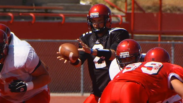 Eastern's quarterbacks threw 23-of-33 during their final scrimmage this week (Photo: SWX)
