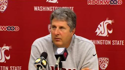 © Coach Mike Leach said quarterback Jeff Tuel is 'ridiculously healthy' at Monday's news conference (Photo: SWX)