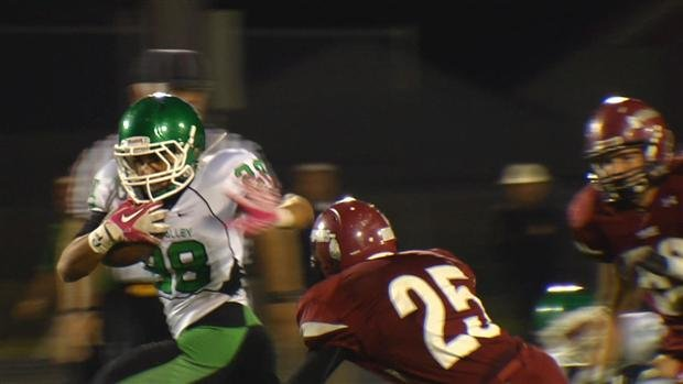 © East Valley proved its might Friday night, beating Colville 28-7 on the road (Photo: SWX)