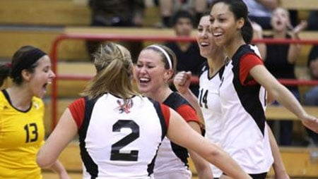 © The Eagles got their first win of the season Monday night, beating Sacramento State in three straight sets (Photo: EWU Athletics)