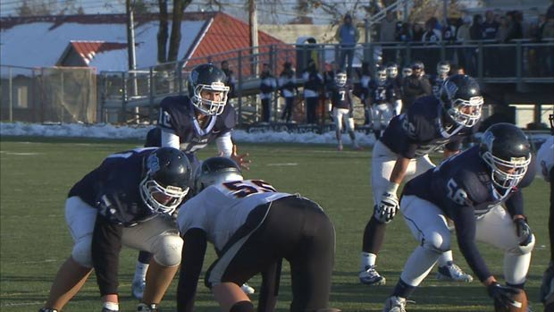 © Gonzaga Prep's running game is bruising to say the least. The Bullpups host Bellarmine Prep this Saturday in Spokane (Photo: SWX)