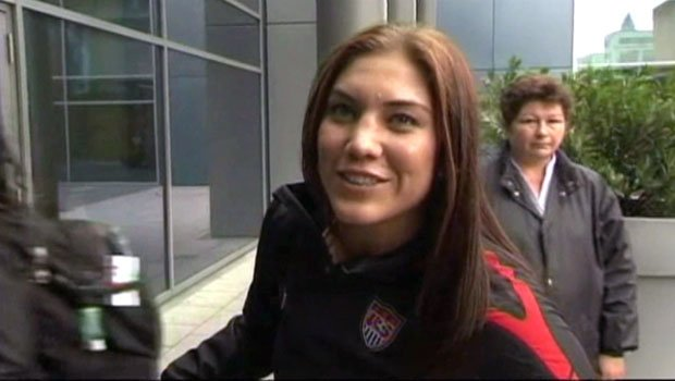 Hope Solo, from Richland, Wash., married former Seahawks TE Jerramy Stevens on Tuesday (PHOTO: FILE)
