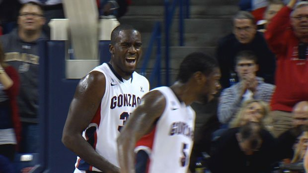 © Gonzaga moved up to No. 17 after blowout wins against West Virginia and South Dakota (Photo: SWX)