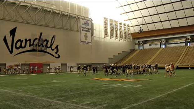 Five finalists remain for Idaho's opening coaching job, including interim coach Jason Gesser (Photo: FILE/SWX)
