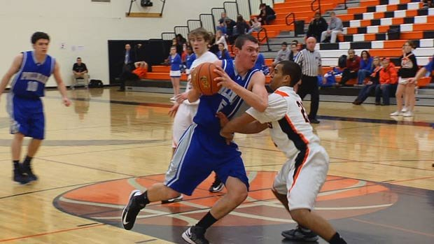 Pullman beat West Valley 63-50 to improve to 9-1 overall on the season (Photo: SWX)