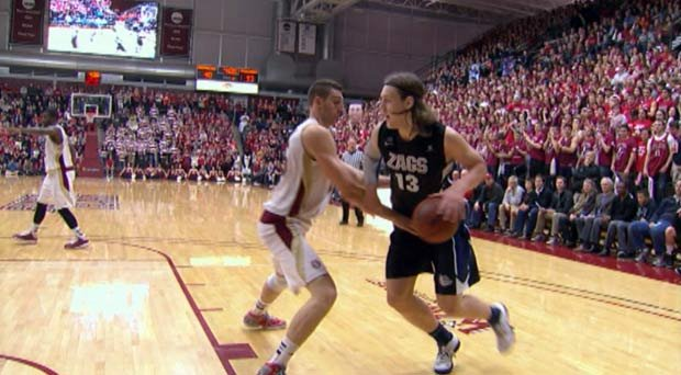  Kelly Olynyk scored a career-high 33 points against Santa Clara on Saturday (Photo: SWX)