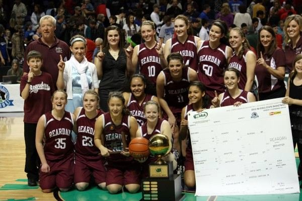 Reardan won its third straight girls 2B title on Saturday.