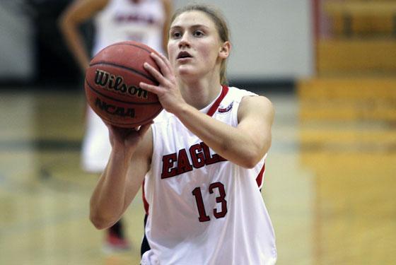 Lexie Nelson scored 18 points for EWU in its Big Sky win over ISU.
