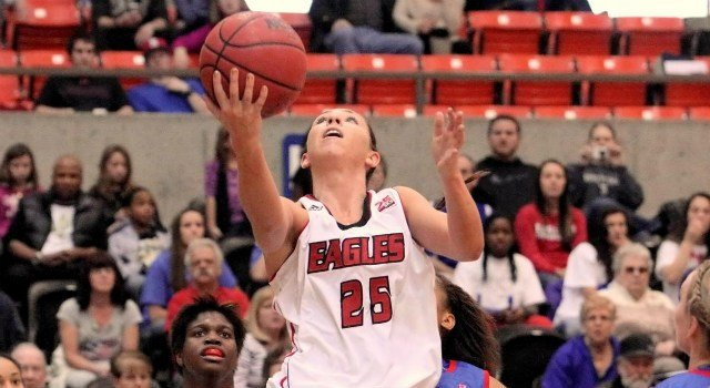 Hayley Hodgins led the Eagles with a season high 25 points in a win at Cal State Fullerton.