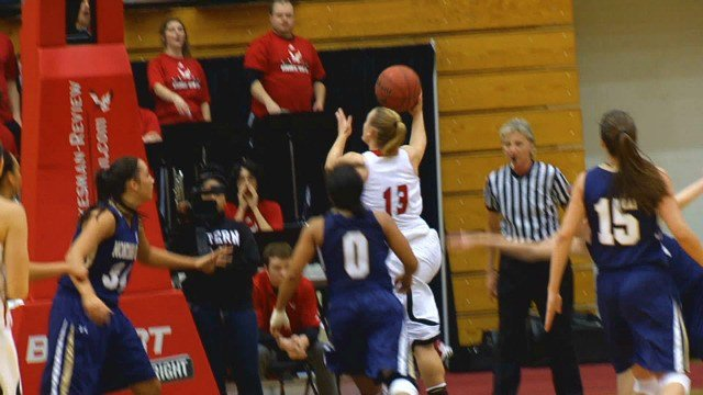 Lexie Nelson hits the layup in EWU's win over Montana State on Thursday.