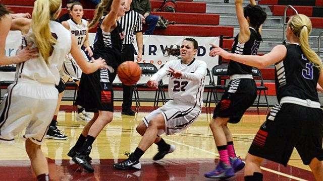 The Whitworth women's basketball team upset No. 8/7 George Fox at the Whitworth Fieldhouse on Saturday.