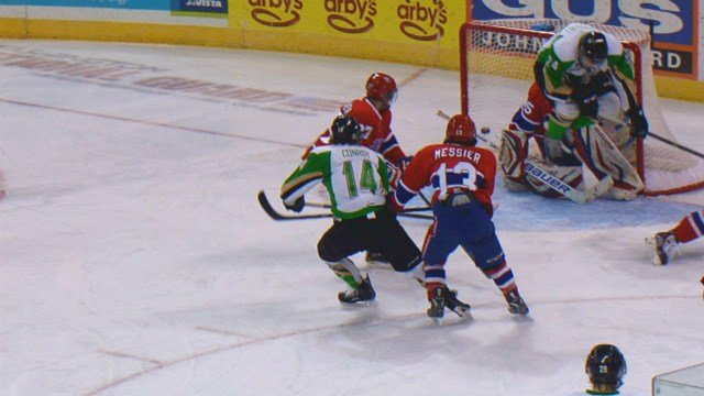 The Chiefs couldn't keep Prince Albert out of their net as the Raiders won 4-1 on Wednesday.