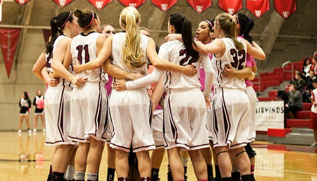 The Whitworth women fell to Norhtwest Conference foe Whitman in the second round of the NCAA Div. III Tournament on Saturday.