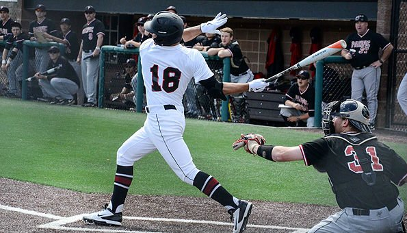 The Whitworth baseball team stole game one, but the Pacific earned the split in game two on Saturday. (Photo: Whitowrth SID)