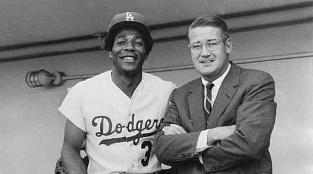 Willie Davis with then Dodgers owner Peter O'Malley in Vero Beach, FL after his time with the Spokane Indians. (Photo: LA Times Blog)