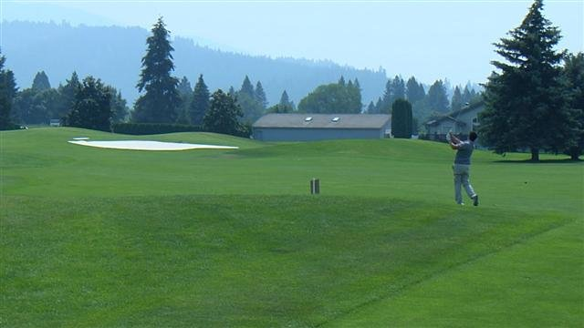 The Rosauers Open Invitational began at MeadowWood Golf Course on Friday.