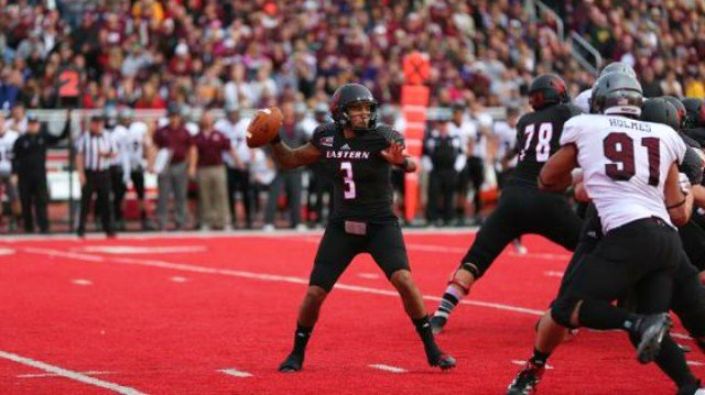 Vernon Adams returned to action to lead the Eags to a big win over Montana on Saturday.