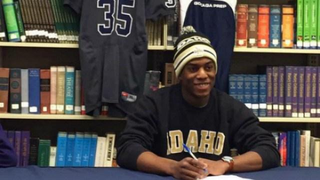 Jack Bamis signed with Idaho on National Signing Day. (Photo: Twitter/Evan Weaver)