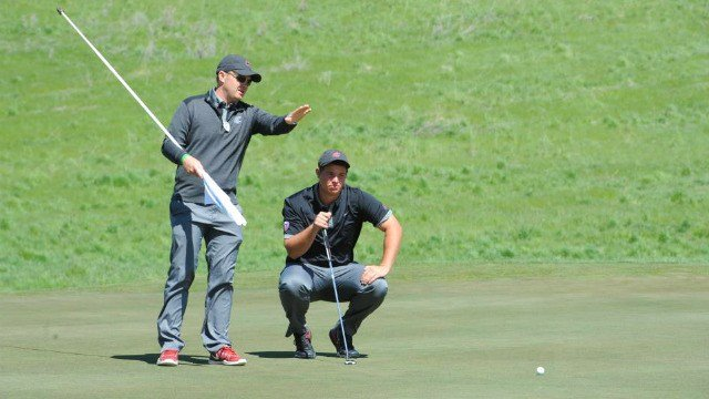 Derek Bayley reading the green at Palouse Ridge as he made WSU history at the Pac-12 Championships. (Photo: WSU)