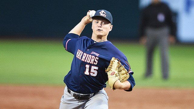 Beau Kerns finished out the game without giving up a hit and fanned six to earn the Warriors win. (Photo: LCSC)