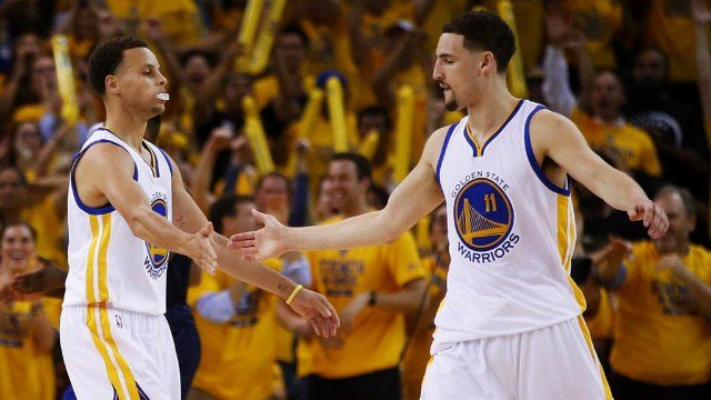 Stephen Curry and Klay Thompson combined for 47 points to lead Golden State to a game one win. (Photo: Twitter/WSOC)