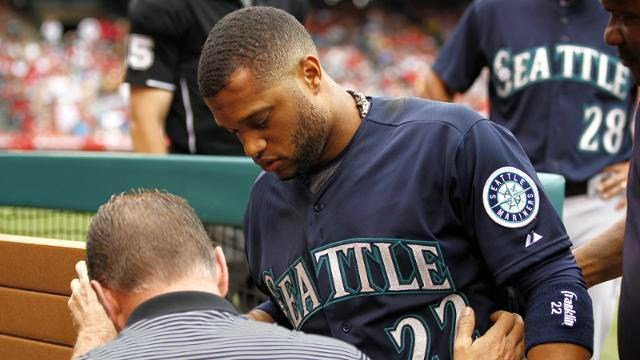 Robinson Cano was accidently nailed with a ball during the Angels pre-inning warm up, you can see how bad it was. (Photo: Mariners)