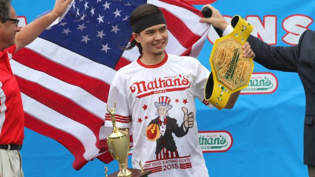 Matt Stonie pounded down two more hot dogs than eight-time champ Joey Chesnut to win the Nathan's Hot Dog Eating Contest. (Photo: AP/Twitter)