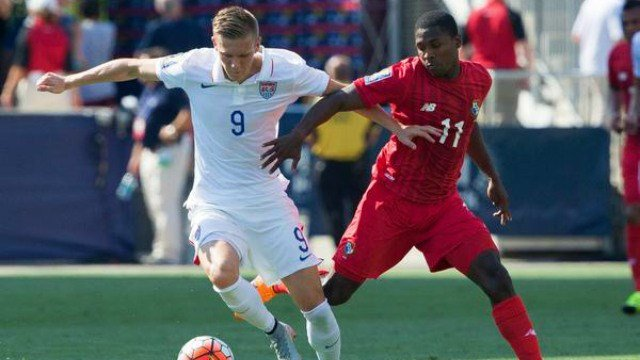Aron Johannsson and the USMNT couldn't best Panama in penalties. (Photo: Twitter/FS1)