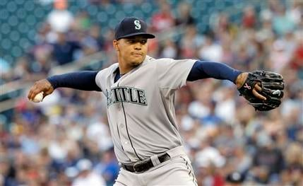 Taijuan Walker throws first career complete game in Mariners' 6-1 victory.
