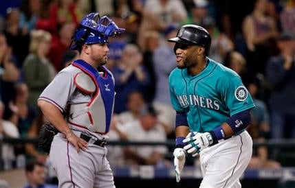 Robinson Cano hit a home run in the 8th, but the Mariners fall 9-6 to Texas.
