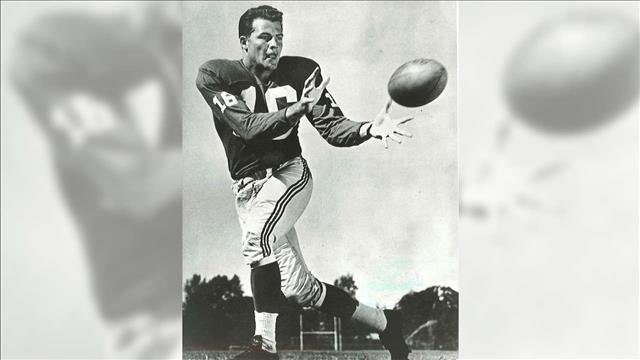 Pro Football Hall of Famer Frank Gifford has died. He was 84.