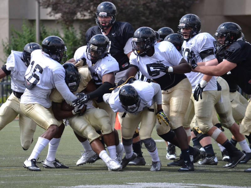 © Team toughness evident in Idaho's first scrimamge of fall camp.