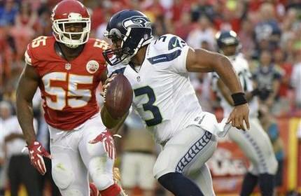Seahawks drop second preseason game 14-13 to the Chiefs.  (AP Photo/Ed Zurga)
