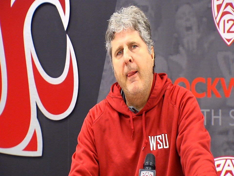 Mike Leach tells you why he doesn't talk about injuries on Press Pass Pullman