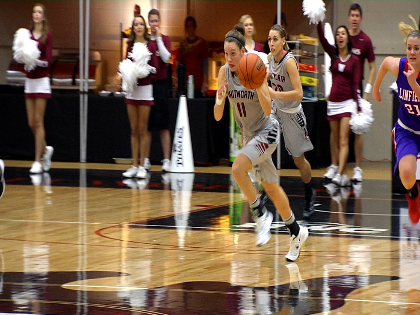 KC McConnell posted her second consecutive 30-point game to lead Whitworth to a 66-53 win over Southwestern (Texas).